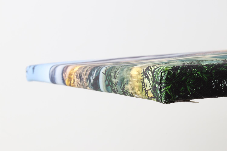 Die Ecken der Müller Fotoleinwand weisen so gut wie keine Spuren von Weißbruch auf und sind gut verarbeitet.