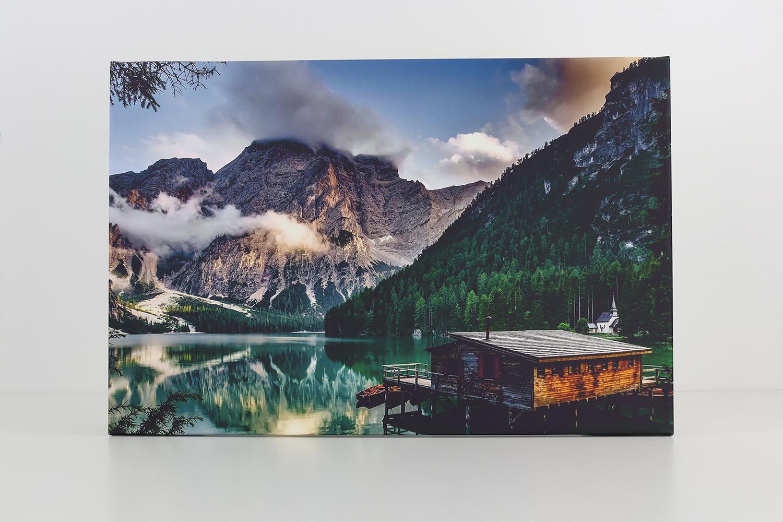 Die Poster XXL Fotoleinwand beeindruckt durch ein breites Farbspektrum und eine gute Druckqualität.