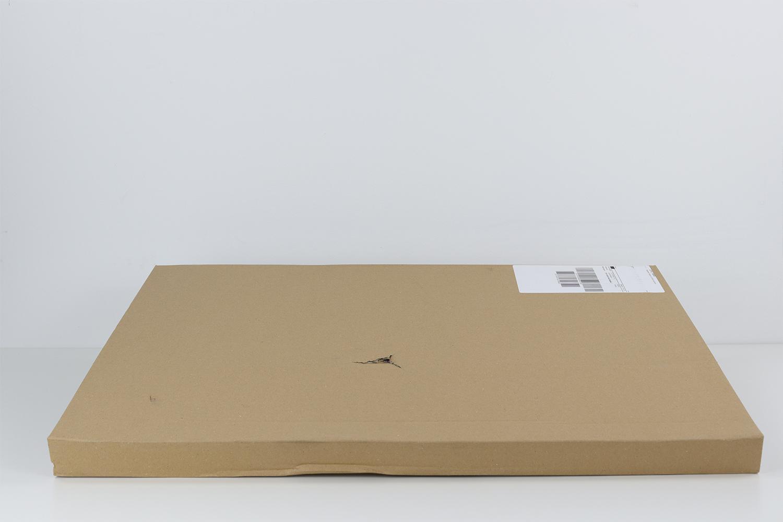 Trotz Beschädigung des Kartons, zeigt die Fotoleinwand keine Spuren von Schäden auf. Luftpolsterfolie schützt zusätzlich zur äußeren Verpackung die Leinwand.